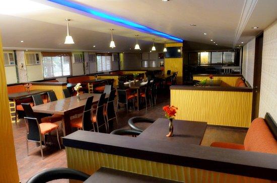 Hotel Presidency Landmark : Celebrations Resto-bar