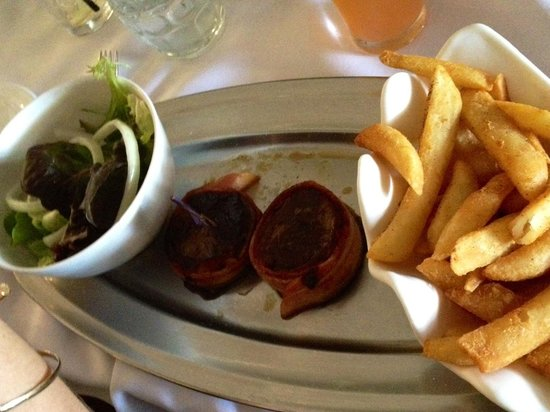Ashmore Seafood and Steakhouse : Yum