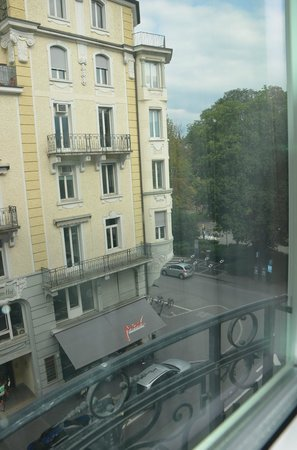 Renaissance Lucerne Hotel: The view from our window