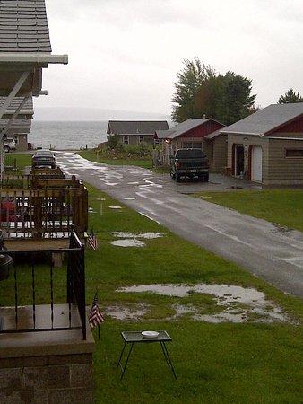 Yule Log Resort : Rainy but beautiful