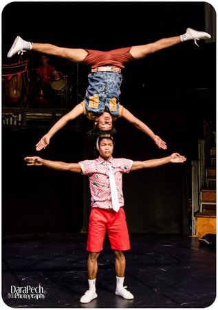 "Phare, The Cambodian Circus: ""Preu"" Chills performed by Generation 5 student artists from Phare Ponleu Selpak"