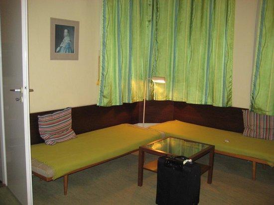 Lida Guest House: ダブルルーム。広いです。掃除も行き届いています。