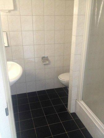 Hampshire Hotel - Groningen Centre: bath room