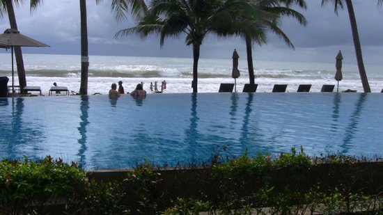 KC Grande Resort & Spa: pool view