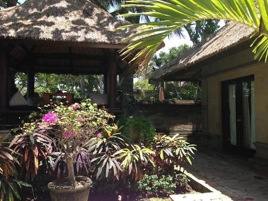 The Royal Beach Seminyak Bali - MGallery Collection : garden within the villa - love the deck with seaview