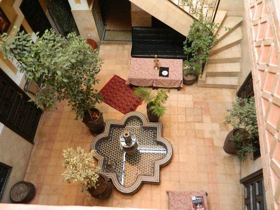 Riad Douja: vue du patio, de la terrasse