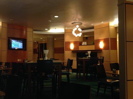 SpringHill Suites Boulder Longmont : Dining Area