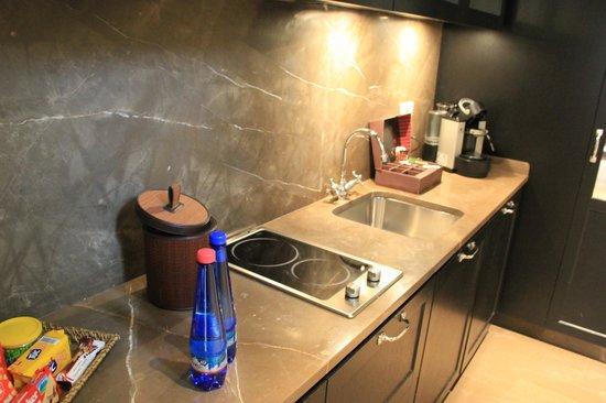 Palazzo Vecchietti Suites and Studios: Kitchen