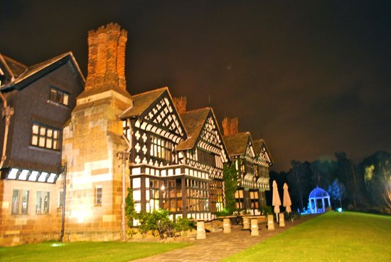 Hillbark Hotel : The rear, (at night with no flash)