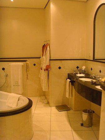 Hotel Im Wasserturm : Suite Badezimmer