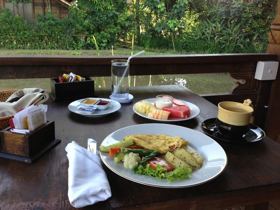 KajaNe Yangloni Private Boutique Health & Leisure Centre : Breakfast