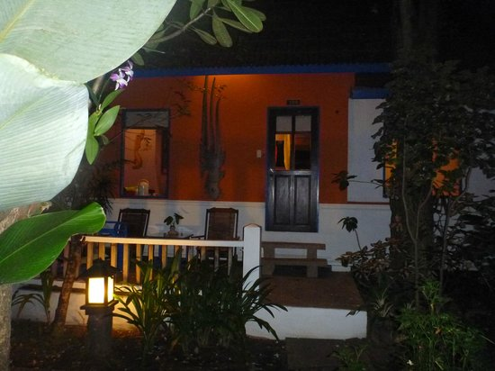 Lawana Resort : front off room