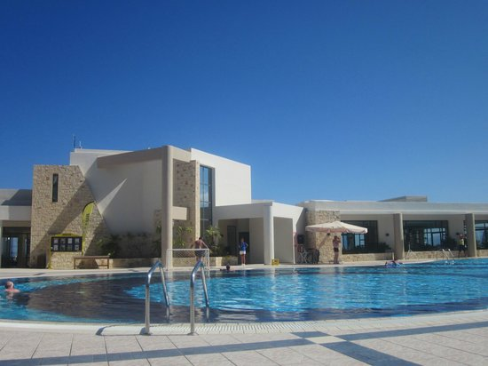 Grand Hotel Holiday Resort: main pool area
