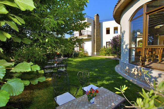 Ephesus Boutique Hotel: Graden