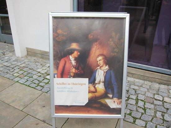 Schillerhaus/Schillerstraße: Schillerhaus on Schillerstrasse・・・裏手の資料館の看板