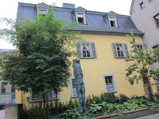 Schillerhaus/Schillerstraße: Schillerhaus on Schillerstrasse・・・裏手からの眺め