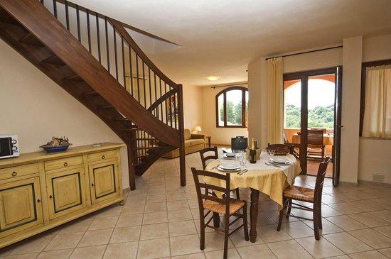 Soggiorno Appartamento Trilocale - Picture of Terme di Sorano ...