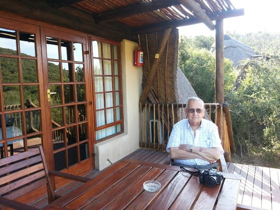Matyholweni Rest Camp: Vista de la cabaña