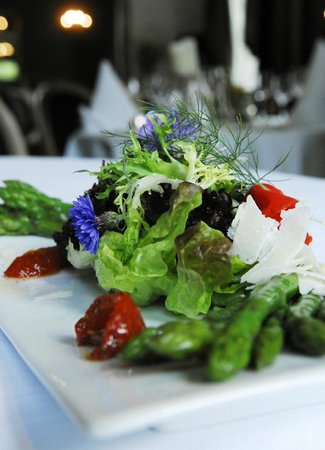 Fleming's Restaurant : Last of the summer salads from our garden