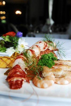 Fleming's Restaurant : Fresh Lobster just arrived last Evening just in time for Dinner