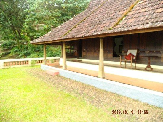 Paradisa Plantation Retreat : Villa from the outside