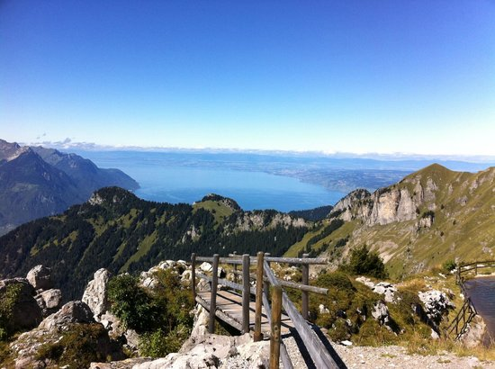 Residence du Chamossaire Hotel: the view from the summit of Berneuse, looking toward Lac Leman, Montreux and Geneve in the dista