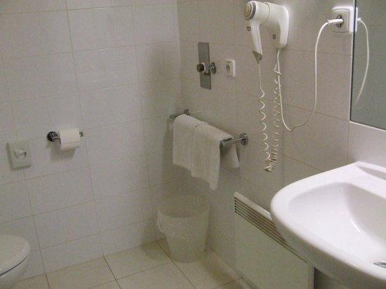Austria Suites: Schoon toilet/douche