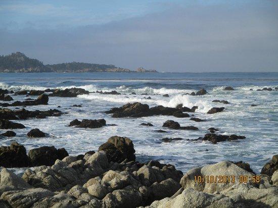 Sandpiper Inn Carmel: Beach