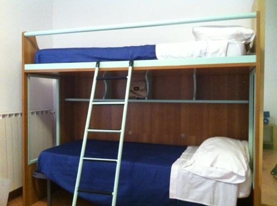 B&B Il Lapillo: Bunk beds for the kids