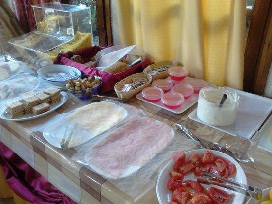 Alkion Hotel: Breakfast