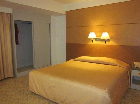 Hotel Beverly Plaza Pattaya : room