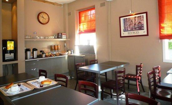 Hôtel Les Tilleuls : Dining room