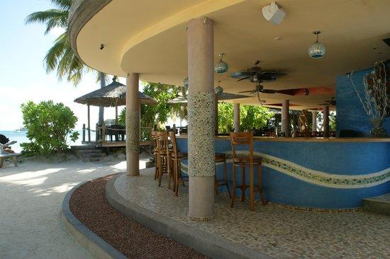 Le Duc de Praslin: Mostly deserted but beautiful bar of the Cafe des Arts