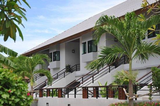 Samui Honey Tara Villa Residence: Zimmer von aussen