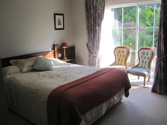 Grove Lodge Riverside Guest House: Bedroom