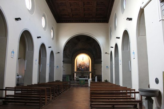 Church of San Leolino: Interno