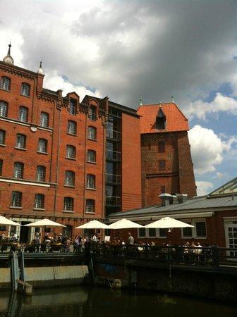 Hotel Bergstrom: Hafensuite im Nebengebäude untergebracht