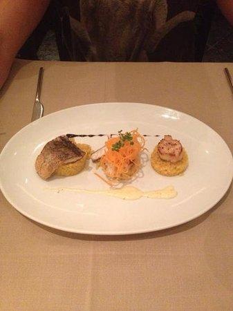 Millennium Resort Patong Phuket: fish, scallop and lobster dish