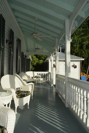 The Conch House Heritage Inn: porch