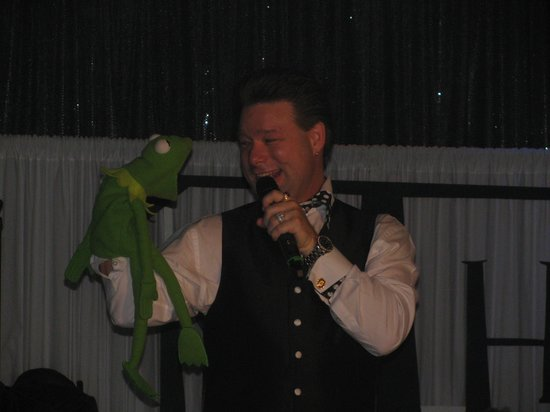 God and Country Theatre : Kermit & mike walker......LOVE the Show!