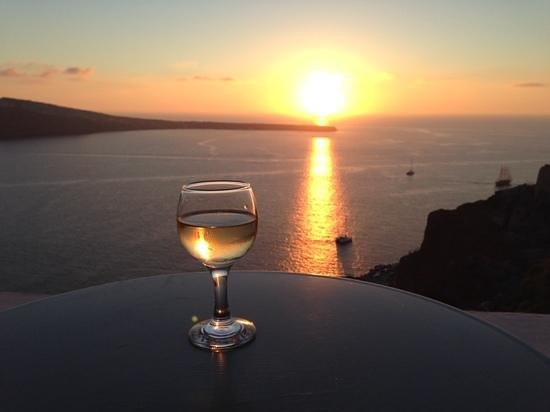 Theodora Suites: sipping wine on the terrace while enjoying the sumset