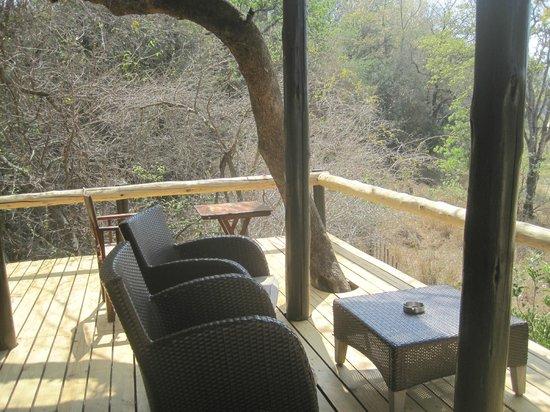 Kuname Lodge: terrazza