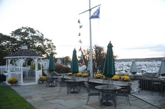 Inn at Harbor Hill Marina: gazabo