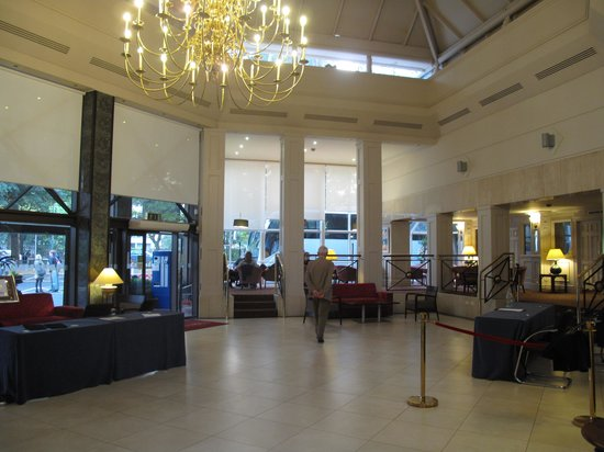 Ballsbridge Hotel: hal