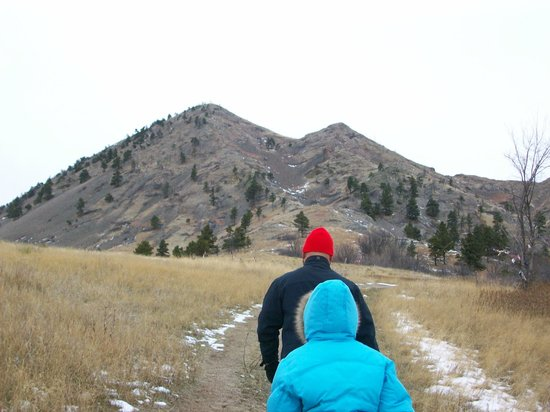 Bear Butte State Park: Going up