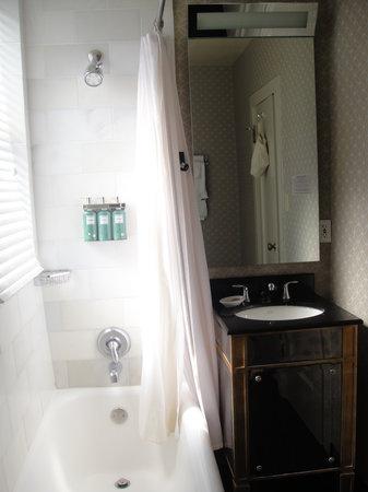 Kimpton Sir Francis Drake Hotel Bathroom 2