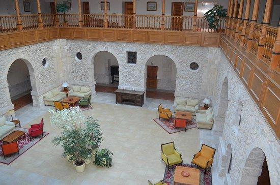 Hotel Convento Las Claras: pátio central
