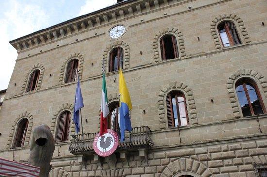 Piazza Matteotti : Comune