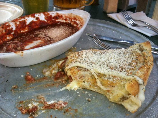 Little Five Points Pizza: Great Calzones!
