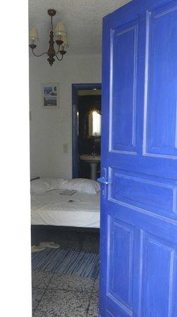 Porto Perissa Hotel: 3